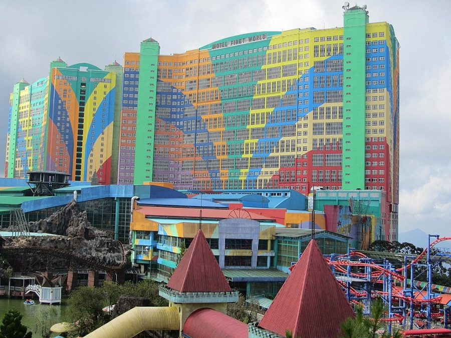 First World Hotel & Plaza grafika