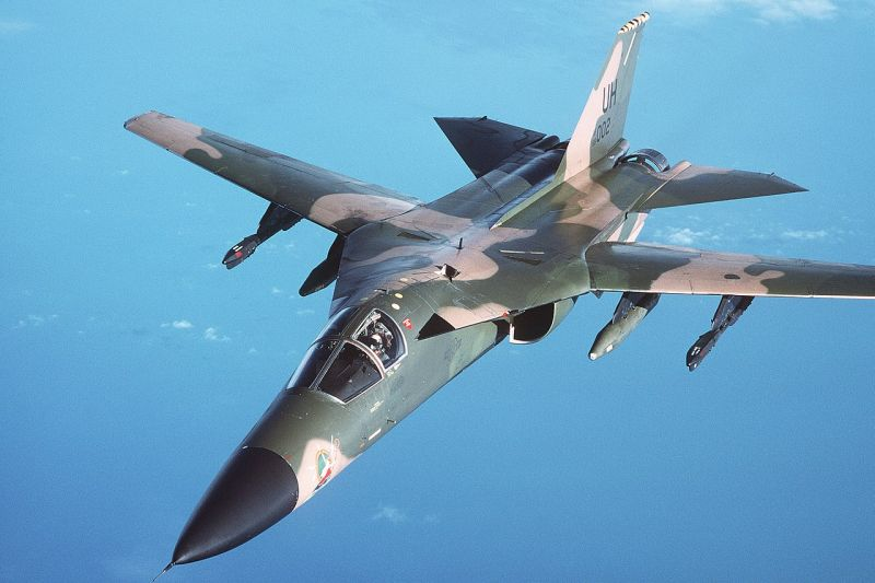 General Dynamics F-111 grafika